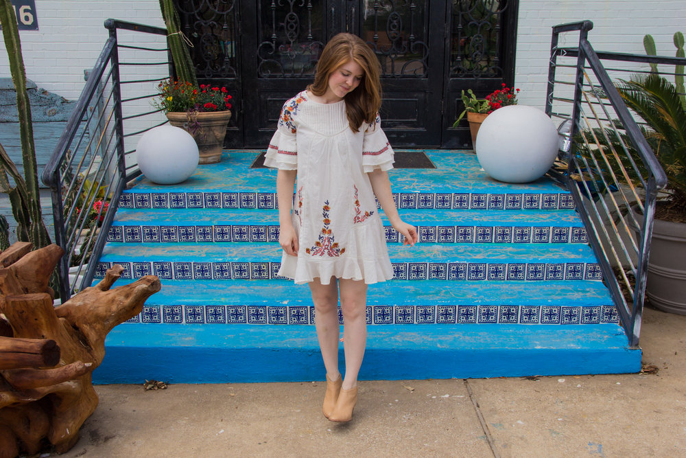 Free People Pavlo Dress, embroidered dress styled 4 ways, lments of style, dallas fashion blogger, ellespann, chinese laundry kelso booties