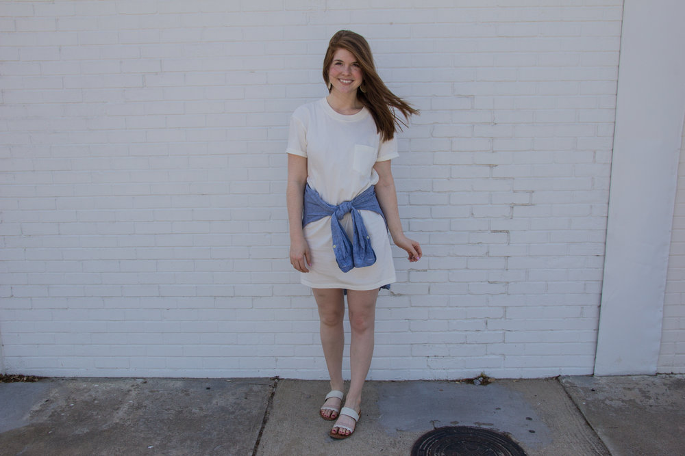 madewell pocket t-shirt dress, the art of versatility, pocket t-shirt dress 4 ways, j crew chambray shirt, white slides, kendra scott diane earrings
