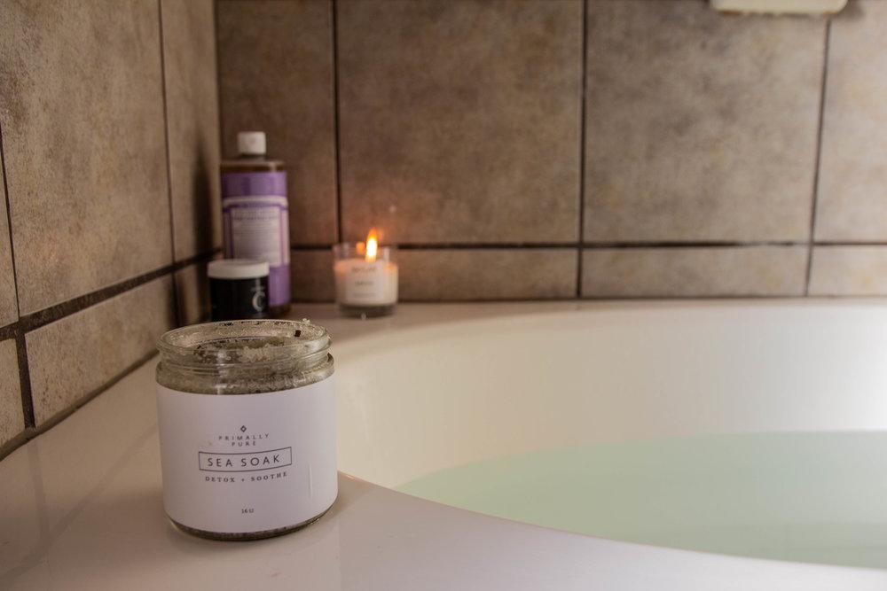 cruelty-free and nontoxic body wash, dr. bronner's pure castile soap lavender, dr. bronner's review, skylar body arrow candle, one love organics body polish, primally pure sea soak detox, tempranillo, riedel, bath time