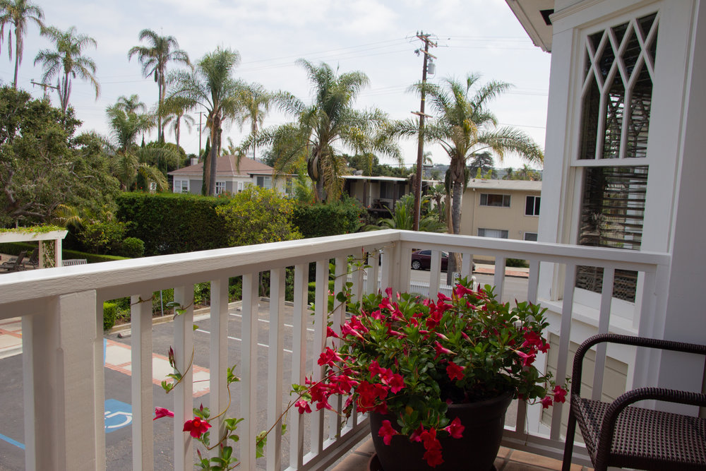 where to stay in santa barbara, the cheshire cat inn, bed and breakfast in santa barbara, santa barbara inn, bed and breakfast california, southern california, accommodations, downtown santa barbara, romantic places in santa barbara,