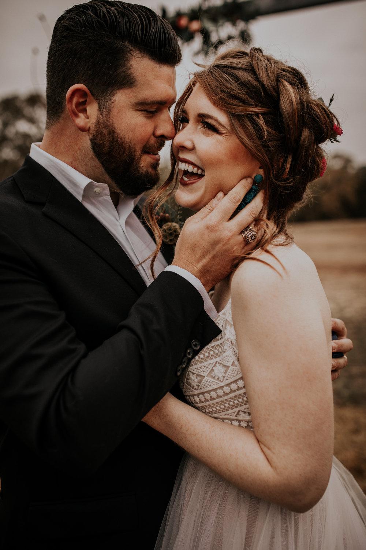 laken mackenzie photo, dallas wedding photographer, the forge venue, where to get married near dallas, boho bride, boho brunch, glam makeup