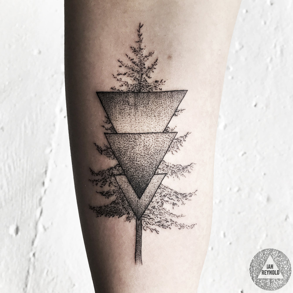 pine tree + pointillist triangles