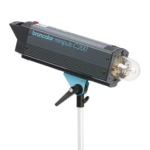 <p><strong>Broncolor Minipuls C200</strong>$80 per day<br>1500ws Mono Light</p>