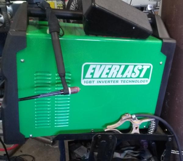 Everlast PowerTIG 255EXT - Most Capable TIG WelderAC Frequency Adjustment, AC Balance, Pulse, Pedal Operation, 9# Torch Head