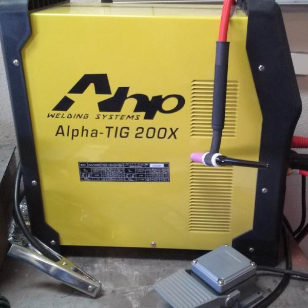 AHP Alpha-TIG 200X - Very Popular & AffordableAnalog Controls, AC Frequency Adjustment, AC Balance, Pulse, Pedal Operation, 17F# Torch Head