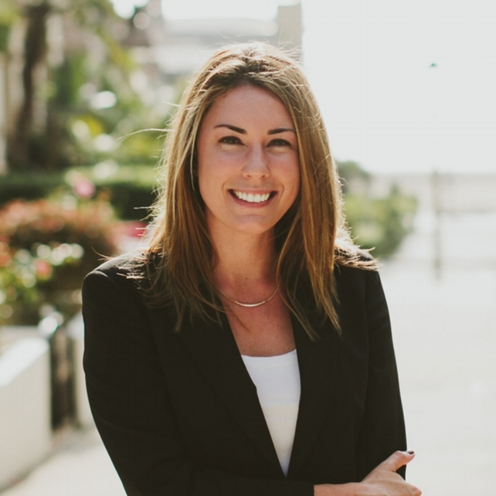 lauren mcgoodwin - Founder + CEO, Career Contessa