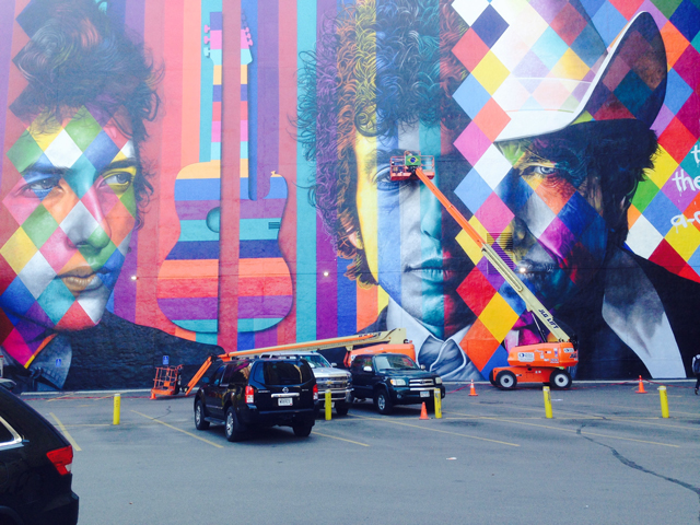 DylanMural_Finishing_03.jpg