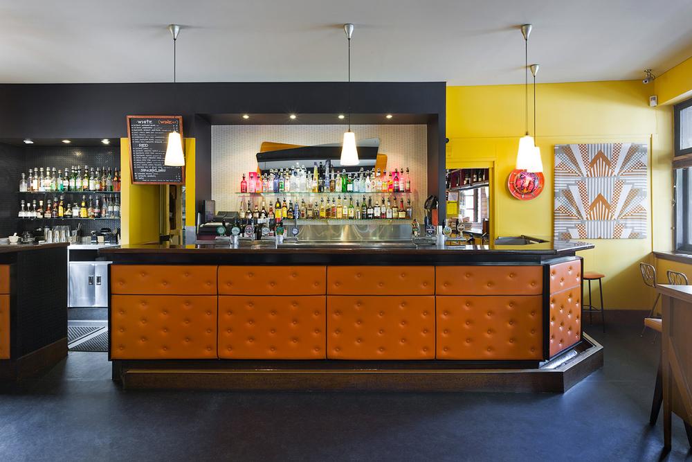 indyk-architects-darlo-bar-01.jpg