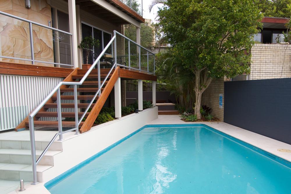 Vacluse- Pool Deck.jpg