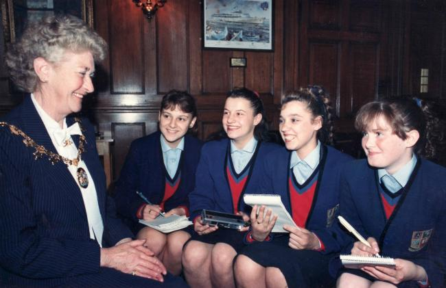 St Josephs College with Lady Mayoress 1988_JPG_gallery.jpg