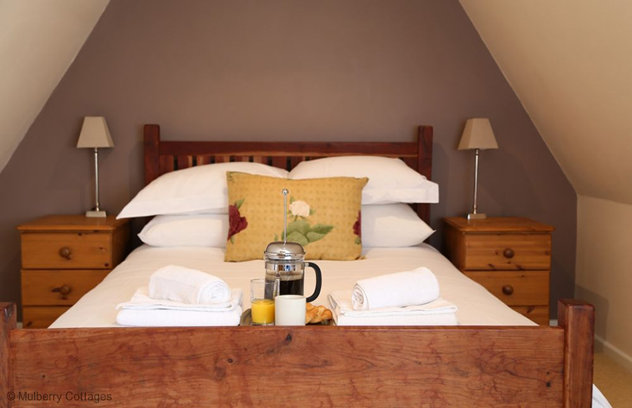 BEDROOM 7 Queen-sized double bed with family bathroom (shared with Bedroom 6)
