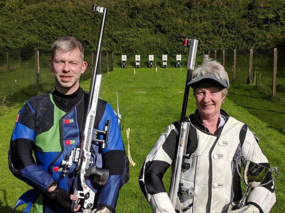 Series winners Ruaraidh Macleod and Sheena Sharp (L to R)