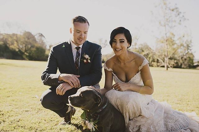 Flashback to this pooch cuteness with Nadine & Harrison at @gabbinbarhomestead - Super sweet moment captured by 📸 @leahcruikshank