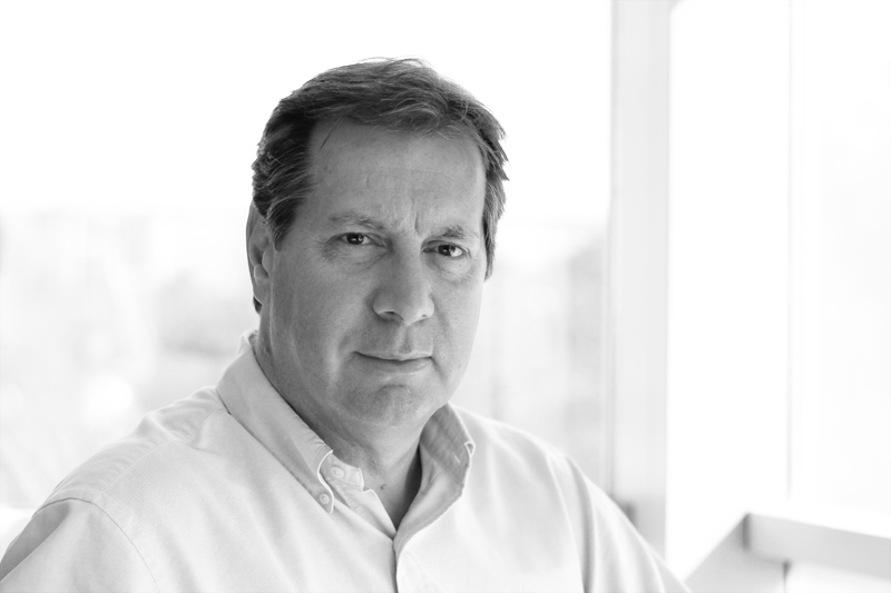 NICK TOWNEND  Managing Director  Nick has been a creative consultant for over 30 years and has led several leading UK creative consultancies in London, Edinburgh and York. He has global design, branding and marketing experience working with many leading businesses and brands.