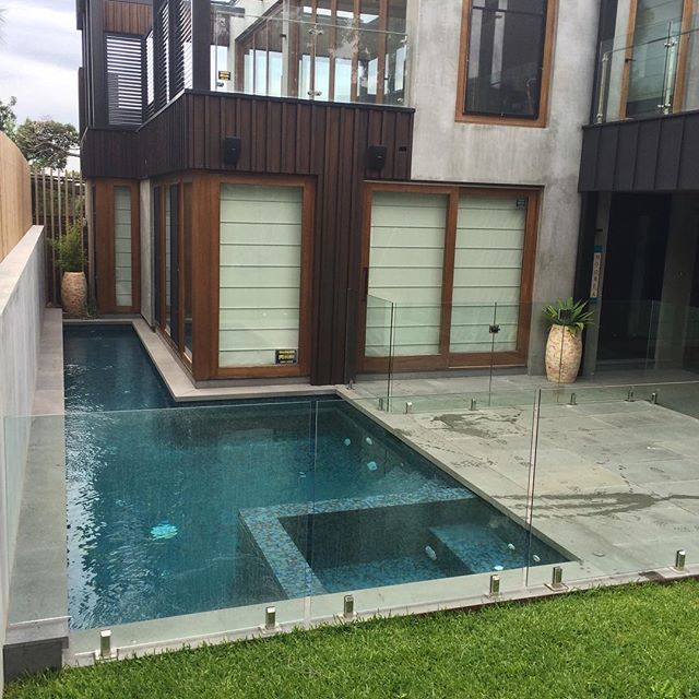 Great Pool and Spa in Sorrento#sorrento#poolmaintenance#poolcleaning#morningtonpeninsula #sorrento#infloorcleaning