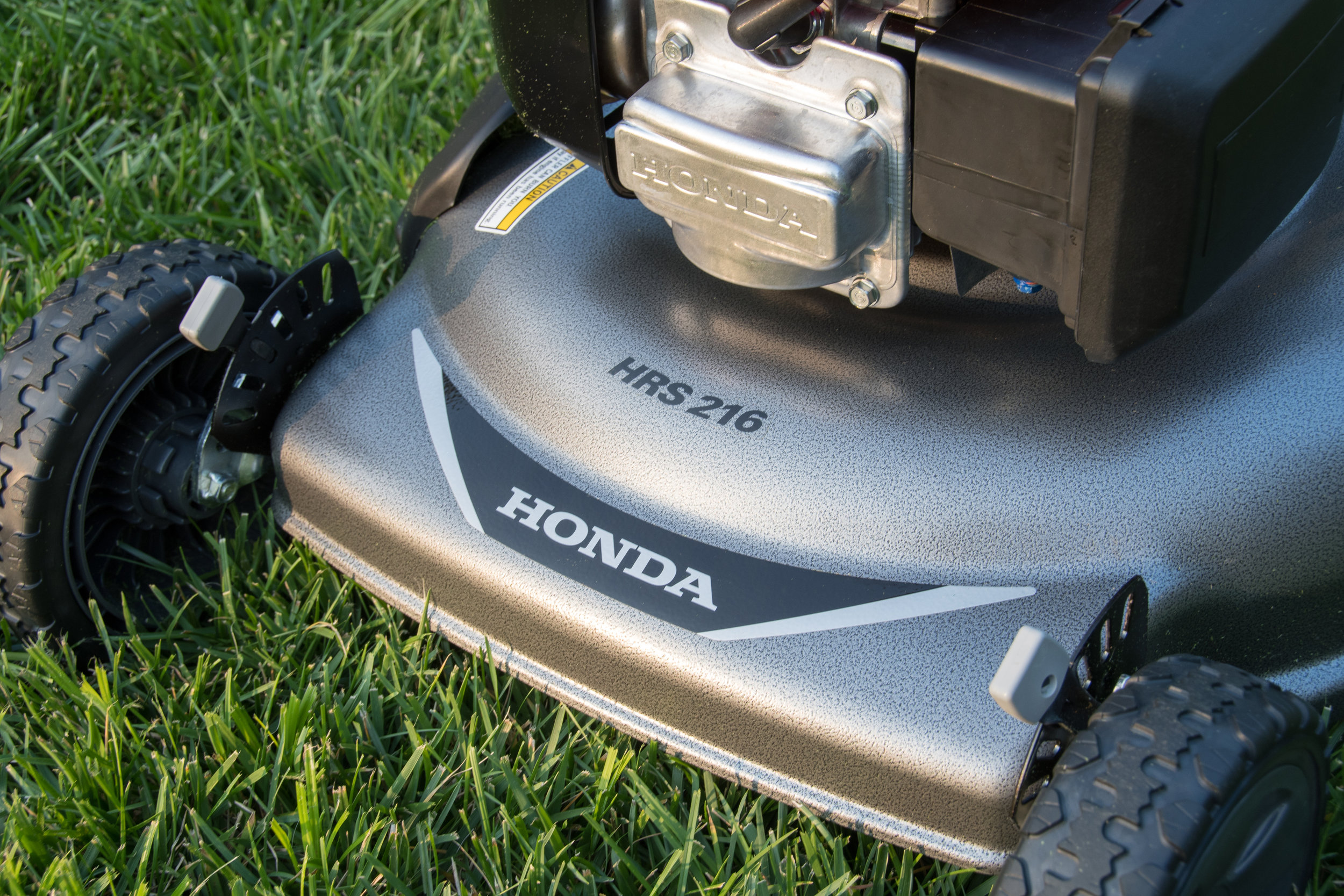 Baton Rouge Lawnmowers: 5 Things To Know About Your Honda Mower