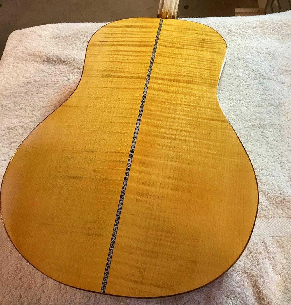 Min nya gitarr som ännu inte fått något namn.