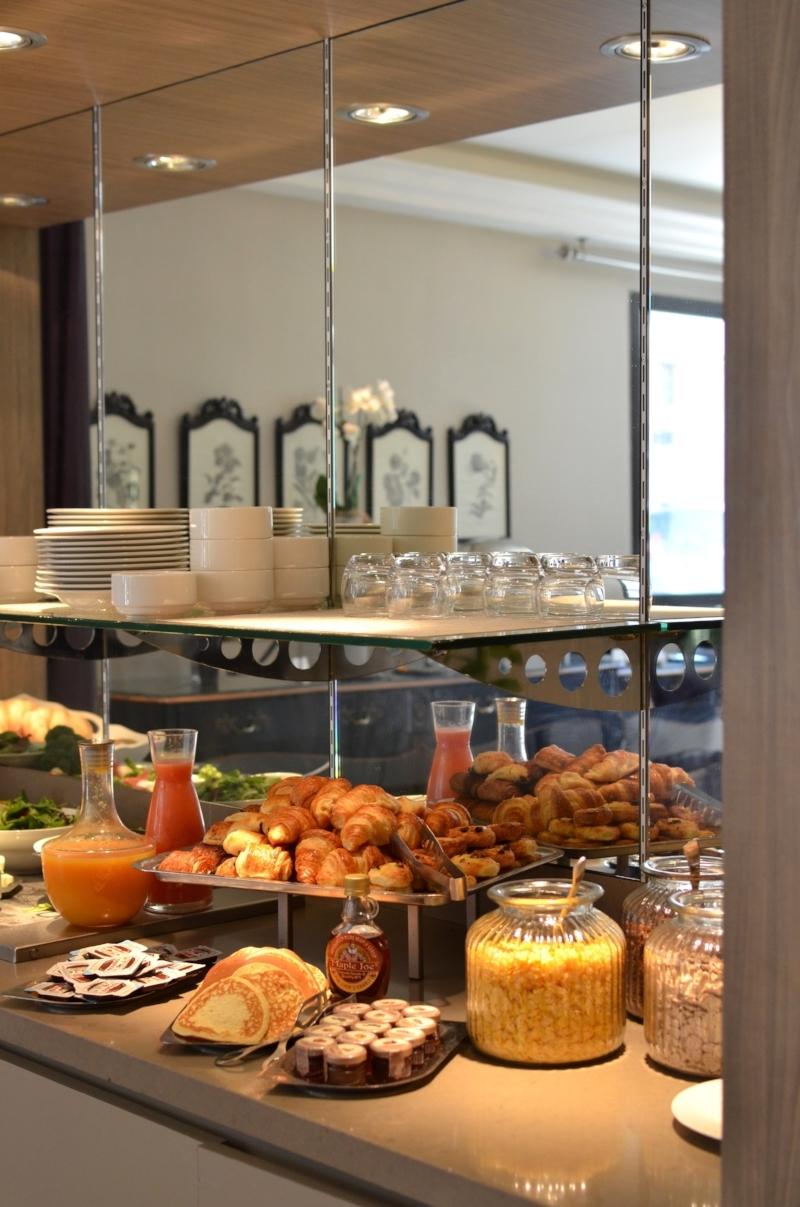 twinky lizzy blog aix en provence - brunch hotel roi rêne aix en provence 03.jpg