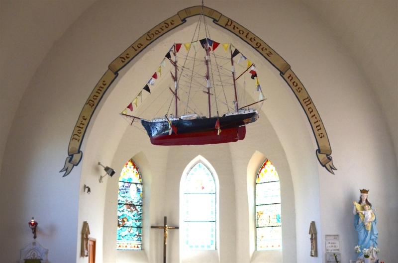 twinky lizzy blog pleneuf val andre - dahouet chapelle.jpg