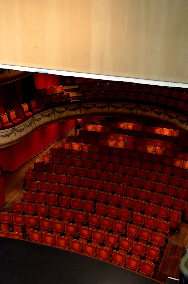 twinky+lizzy+blog+aix+en+provence+-+theatre+du+jeu+de+paume+09.JPG