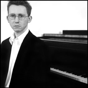 Philip HOWARD — pianist