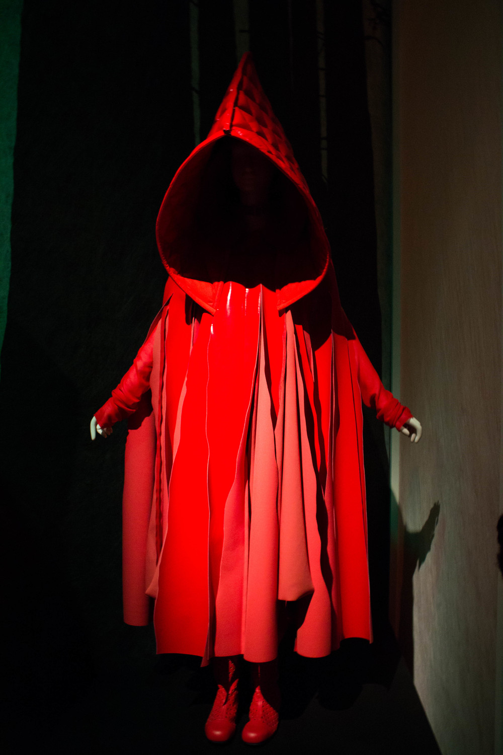 Red Riding Hood - Comme des Garcons, spring 2015