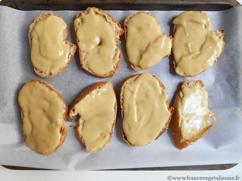 Croûte-au-fromage-végétal-préparation.jpg