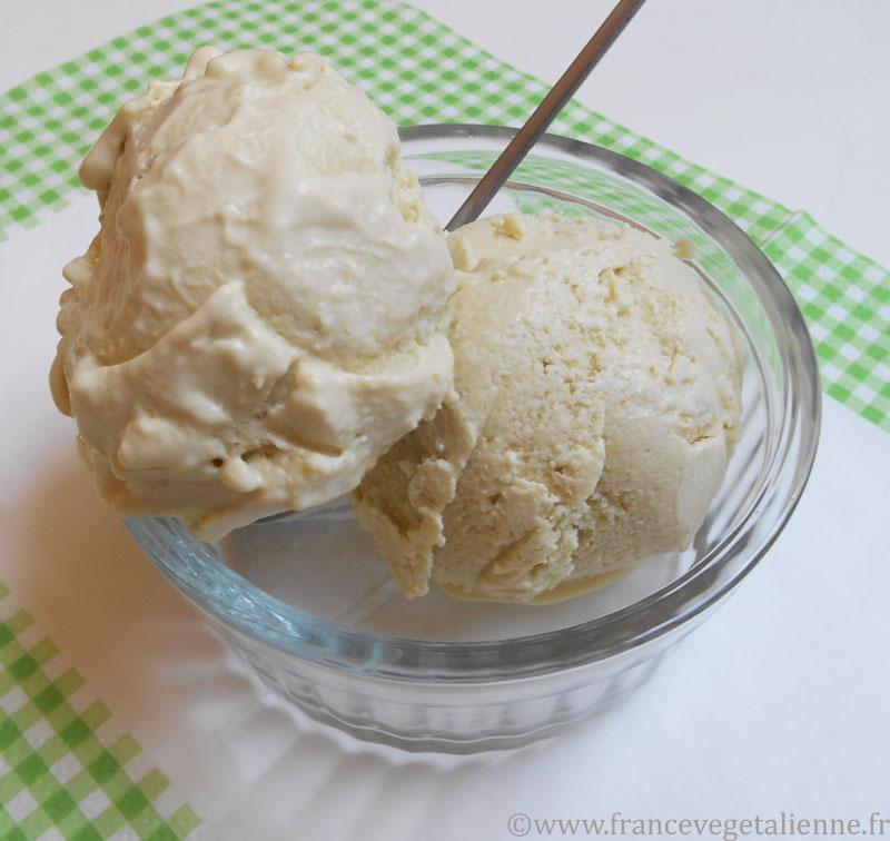 Glace à la vanille végane