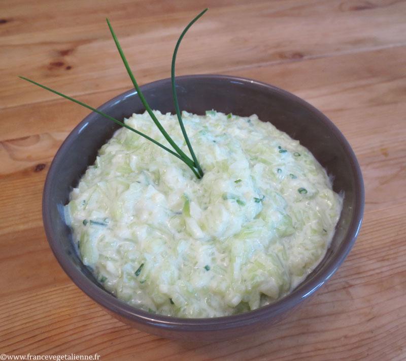 Tzatziki à la ciboulette (recette vegan)