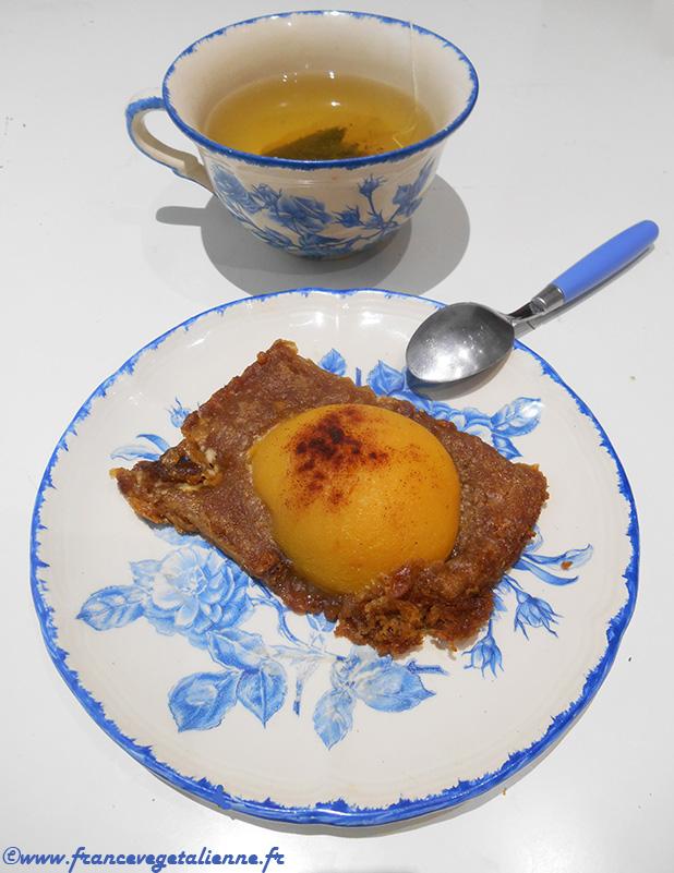 Dessert au pain d'épices et aux pêches (vegan)