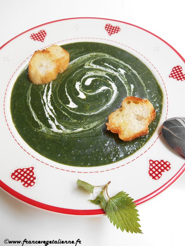 Soupe d'ortie (recette végane)