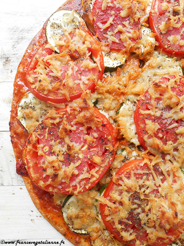 Râpé végétal sur une pizza (après cuisson)