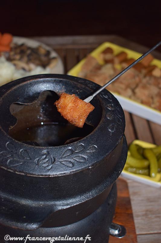 Fondue-bourguignonne-recette-végétarienne.jpg