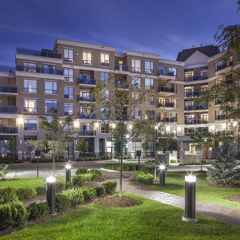2014:Ridgewood II Condominiums - Aurora, Ontario