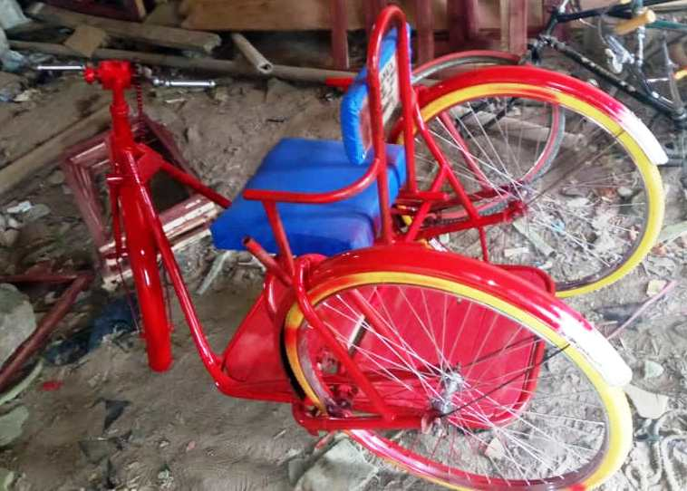 tricycle pic6.jpg