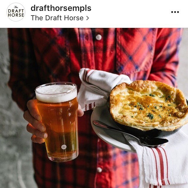 Pot pie (our beef tips are tucked inside there) + a pint of brew for $15 at the @drafthorsempls. This will warm the body and soul. Nice 📷 btw @raevchek 👌 #comfortfood #warmyourbelly #getinmybelly