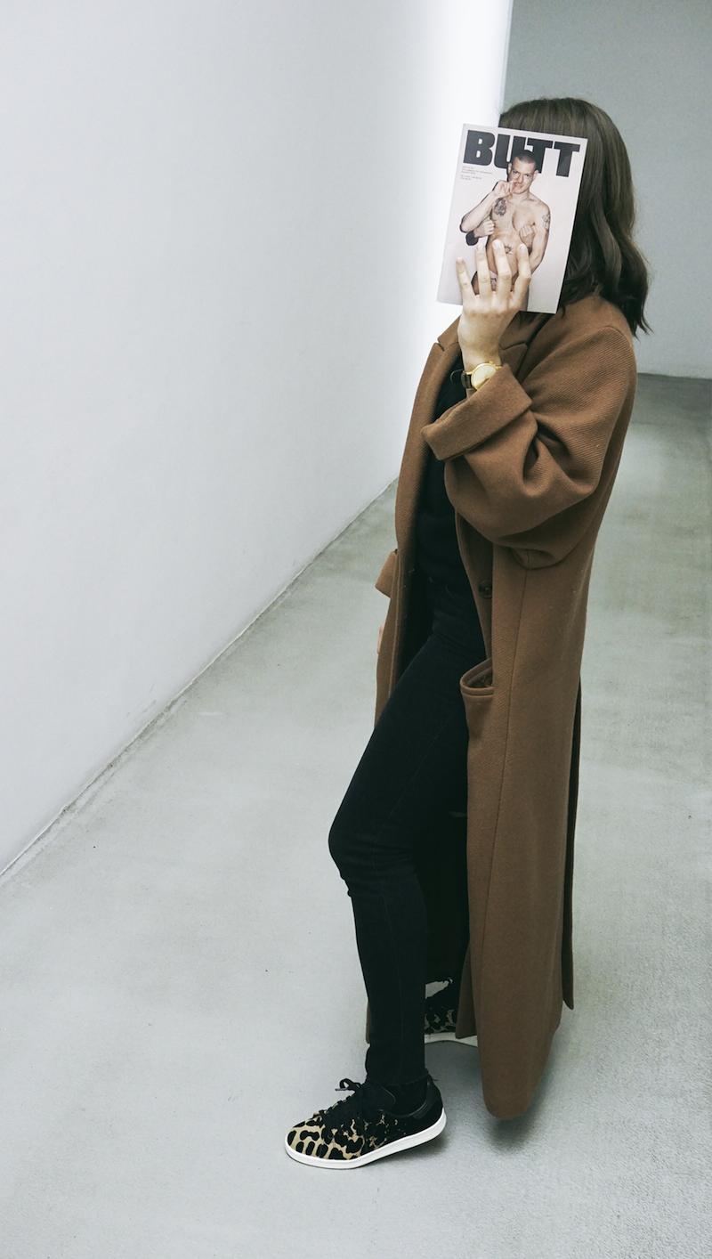 kabát H&M, džíny Levis, boty & hodinky Freshlabels