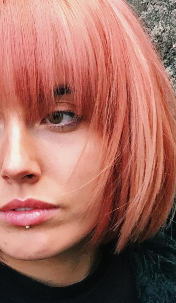 Linton+%2B+Mac_SS19+colour+trends_Sarah+Black_Living+Coral_2.jpg