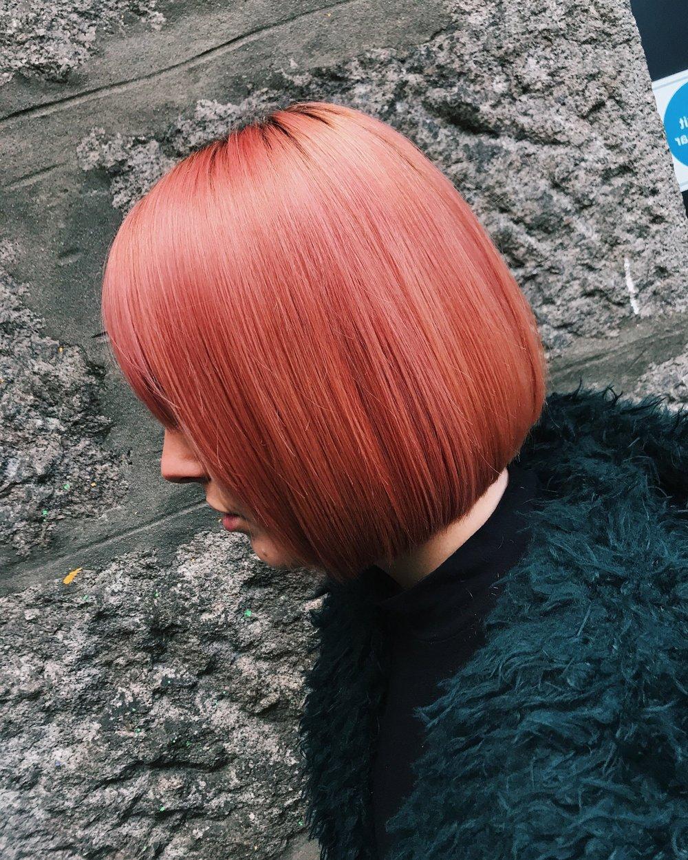 Linton+%2B+Mac_SS19+colour+trends_Sarah+Black_Living+Coral_3.jpg
