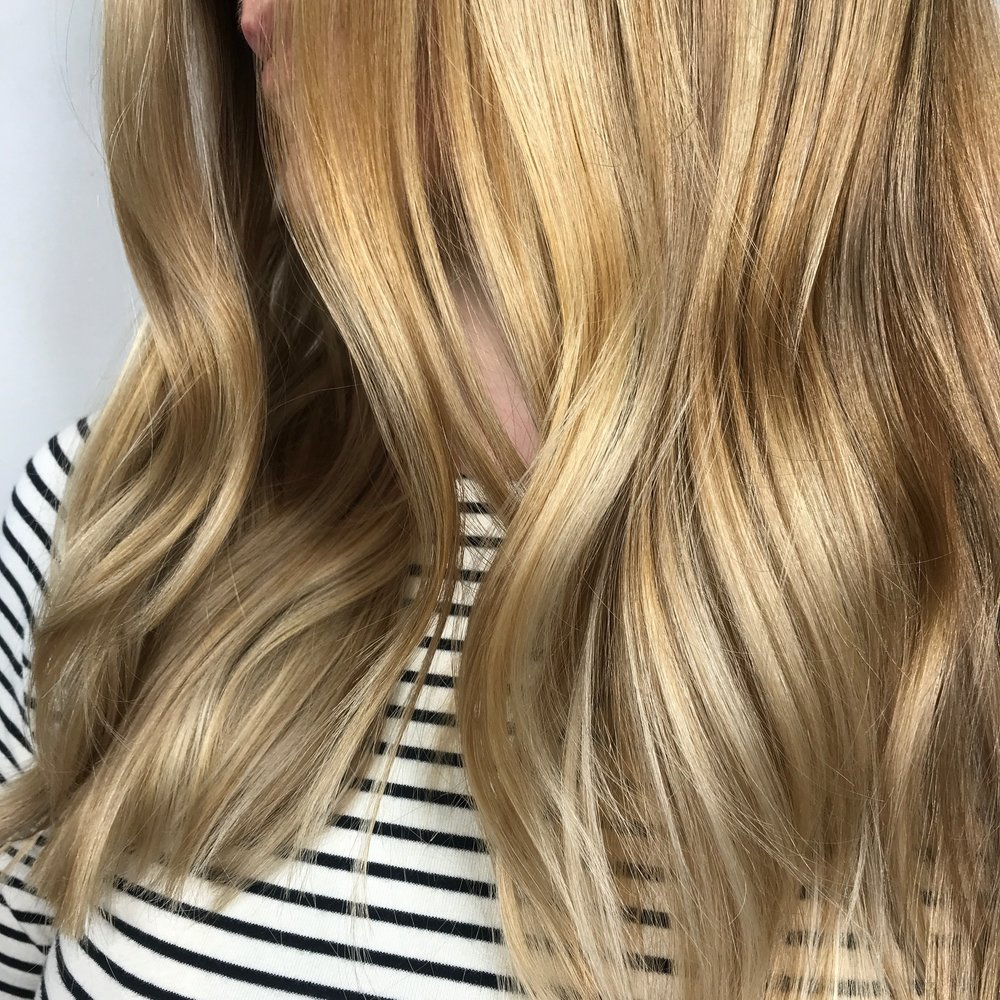 Linton + Mac_SS19 colour trends_Sarah Black_Biscuit Blonde_2.jpg