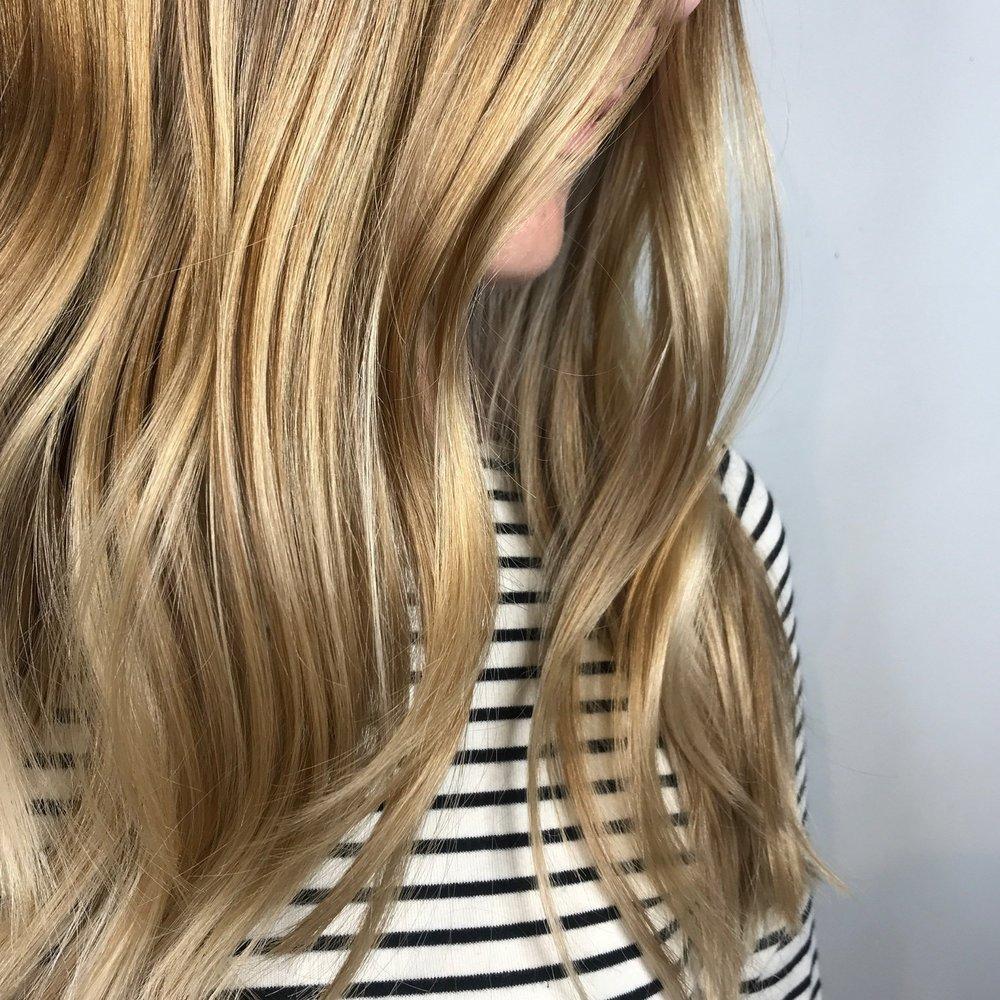 Linton+%2B+Mac_SS19+colour+trends_Sarah+Black_Biscuit+Blonde_1.jpg