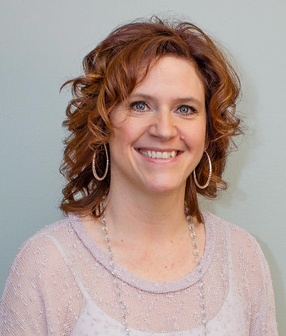 Tina Steil