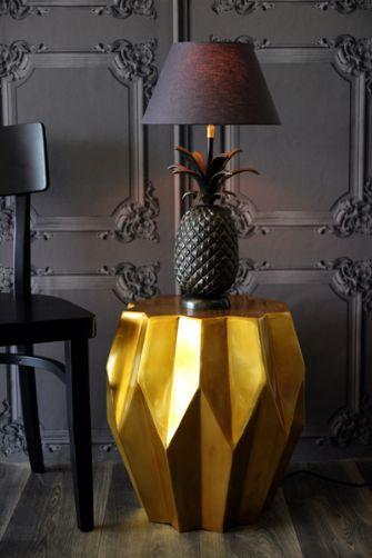 Pineapple Lamp: Rocket St George