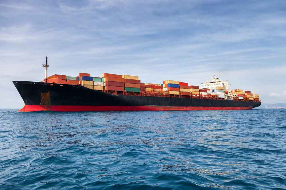 Professional Markets In the Cargo & Marine world, Neosil offers an economical advantage mainly through decreased Coefficient of Friction. Lower Coefficient of Friction leads to less fuel consumption a saving of 6% up to 8%. (Source: TNO MT-rap-08-00504.) And, less fuel consumption means lower CO2 emissions. Service times are reduced significantly; NEOSIL Ultra Hard Non-stick Coating requires a service about every 72 months, after that the coating will still be working in an undamaged condition. Savings in the Costs of Ownership add up quickly: 6% to 8% fuel reduction, less maintenance resulting in less dock time, less man-hours and less materials. Savings of more than US$ 500,000 per annum are not exceptional.