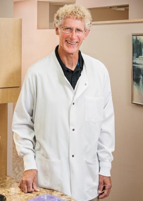 Meet Dr. Craig.