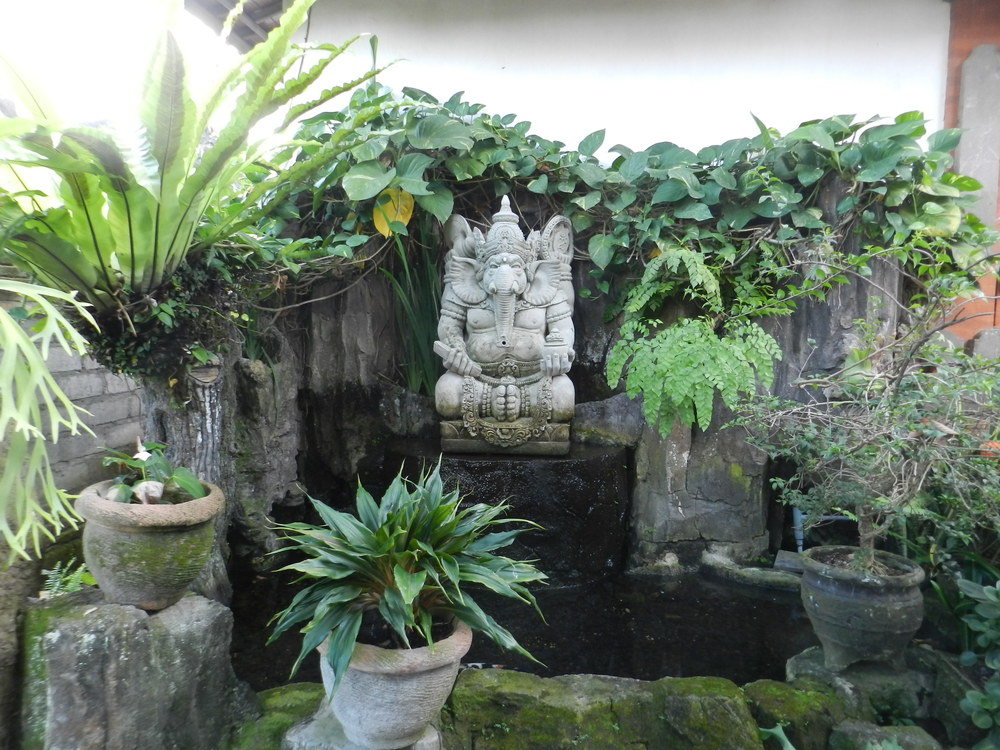 Praying statue in our homestay