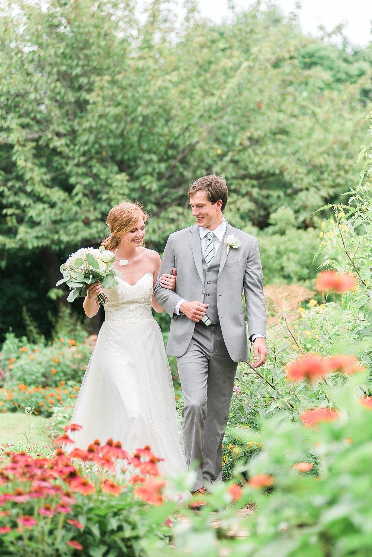 bride-groom-uk-arboretum