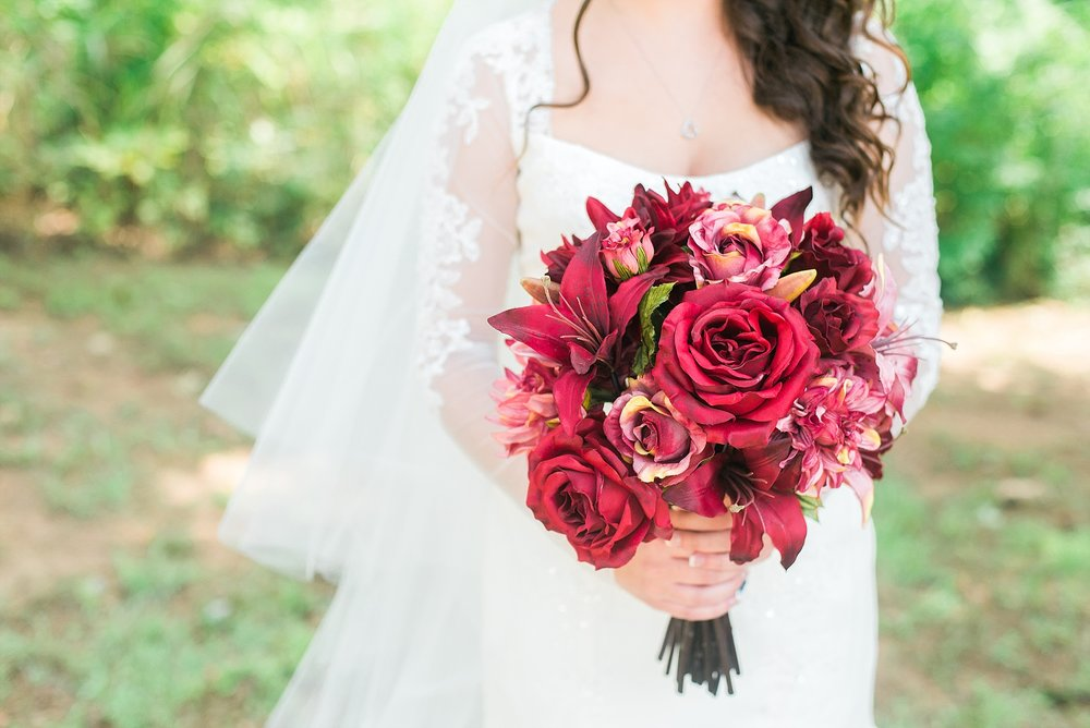 beautiful-red-wedding-bouquet