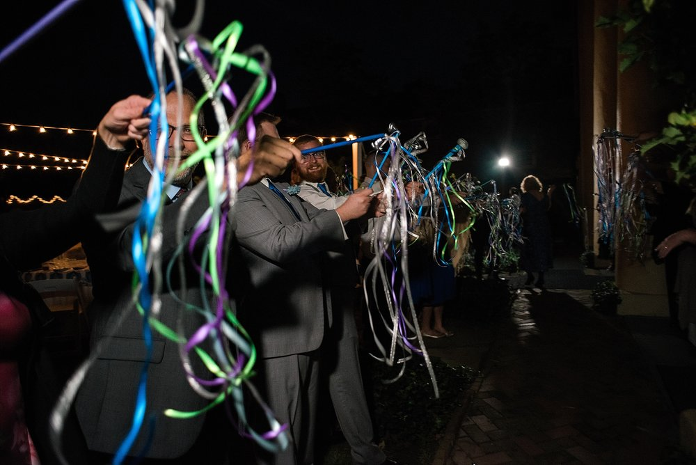 streamers-wedding-exit