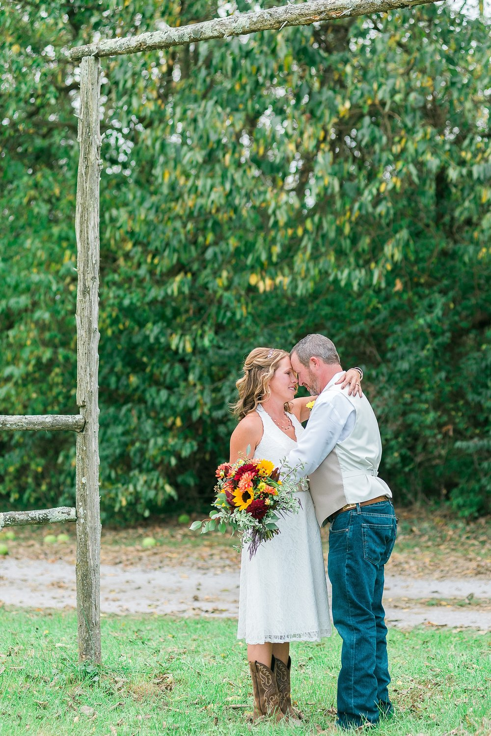 rustic-autumn-wedding